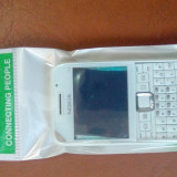 Vand carcasa completa si originala pt Nokia e63 alb