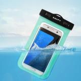 Husa impermeaila pentru telefoane mobile compatibila cu orice telefon, Universala, Transparent