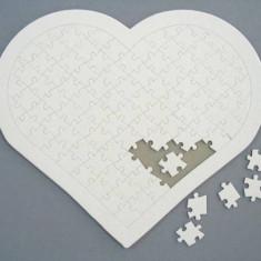 Puzzle personalizat inimioara - 97 piese