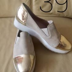 Adidași - Papuci dama