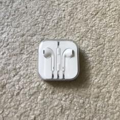 Casti Apple Earbuds Iphone 5/6/6s originale 100%, nefolosite la cutie, Casti In Ear, Cu fir, Mufa 3, 5mm
