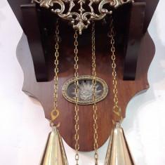 Ceas de perete cu pendula si greutati Zaanse