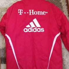 Echipament original Bayern Munchen - Echipament fotbal Adidas, Marime: L, Set echipament fotbal