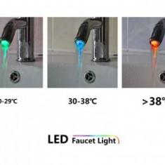 Cap cu LED-uri pentru robinet Mini Light LED Faucet - Baterie bucatarie