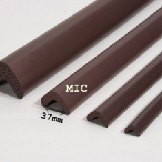 Protector colturi/L/90cm/mic AC-14 Maro [37xL900xh31xt9] - Plinta parchet