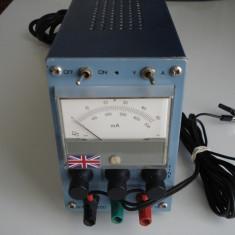Sursa de tensiune reglabila 0-50V la 0-0, 5A cu voltmetru/amp (englezeasca) - Sursa alimentare