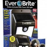 Lampa cu incarcare solara si senzor de miscare Ever Brite - Corp de iluminat
