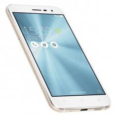 Asus ZenFone 3, 32 GB, 5.2 inch, Full HD, dual sim, alb - Telefon Asus
