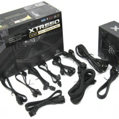 Sursa XFX XTR Series, 550W, 80+ Gold, ventilator 135 mm, PFC Activ - Sursa PC