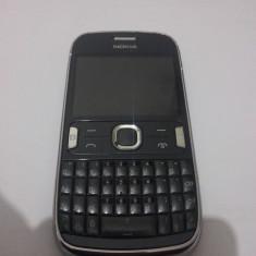Nokia Asha 302 impecabil / functioneaza perfect in Digi / 3G - Telefon mobil Nokia Asha 302, Gri, Neblocat