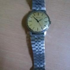 Ceas Racheta de mana, ceas vechi de colectie perfect functional, Tp.GRATUIT - Ceas de mana