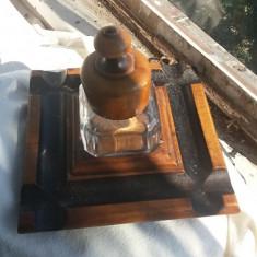 Calimara frantuzeasca, veche, lemn +sticla - Metal/Fonta