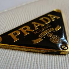 Portofel, portmoneu dama PRADA de culoare alba, mat, cu 2 fermoare, model nou 2017 - Portofel Dama Prada, Culoare: Negru