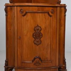 DULAPIOR COLT STIL BAROC SEC XIX, Dulapuri si Rafturi pentru vesela, 1800 - 1899
