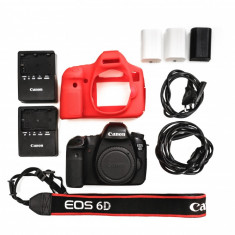 DSLR Canon EOS 6D body + 3 acumulatori - Aparat Foto Canon EOS 6D