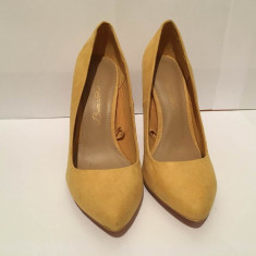 Pantofi toc Bershka - Pantof dama, Culoare: Galben, Marime: 37, Cu toc
