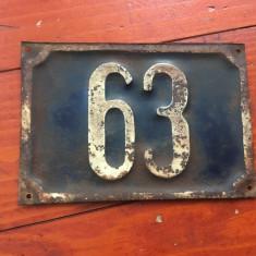 Vintage - placa din tabla - numar de casa cu cifre in relief - model retro !!! - Metal/Fonta
