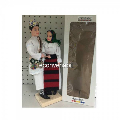 Papusi Folclorice Imbracate in Costume Traditionale Romanesti Maramures foto