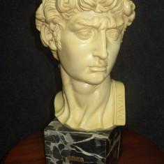 Statueta bust deosebit antic David pe soclu din marmura neagra, 45 cm h - Sculptura