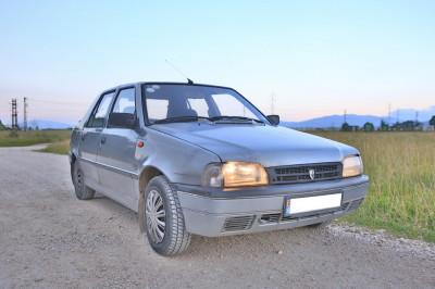 Dacia Nova Benzina + GPL foto
