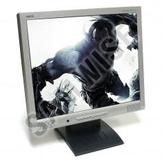 Monitor LCD NEC 17