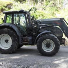 Valtra Case 202 D - Tractor