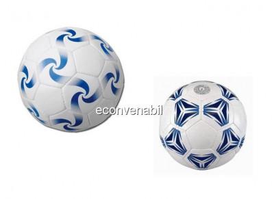Minge de fotbal din piele sintetica gonflabila foto