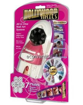 Aparat Hollywood Nails Decorat Unghii foto mare