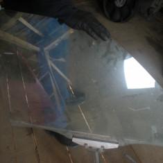 Geamuri auto en gros 15 lei / buc, Universal