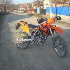 Ktm lc4 625 - Motocicleta KTM