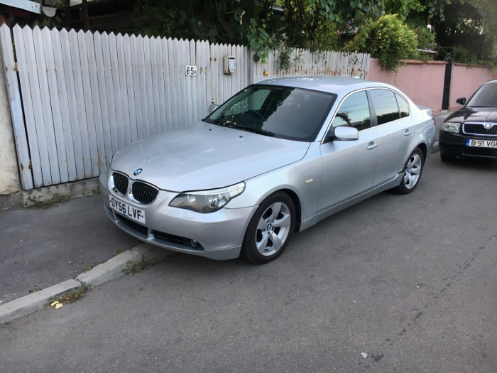 Dezmembrez BMW E60 530d,motor M57N2,136000 mile,an 2006 foto mare