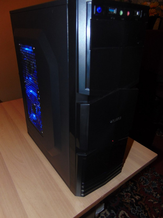 Sistem  Desktop   Intel Core 2 Quad  Q9300
