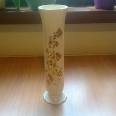 VAZA ART DECO DIN PORTELAN DE ZSOLNAY UNGARIA LUCRATA SI PICTATA MANUAL, Vaze