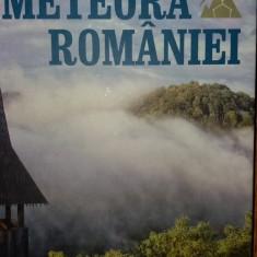 RAZVAN THEODORESCU - ISTORIA VAZUTA DE APROAPE