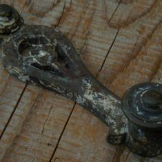 MÂNER VECHI DE LA UN MOBILIER ANTIC, CONFECȚIONAT DIN BRONZ! - Metal/Fonta