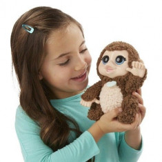 Jucarie plus Maimuta Giddy Banana Monkey FurReal friends B4990 Hasbro