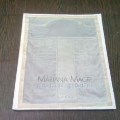 EXPOZITIE MARIANA MACRI - PORTI SI GRADINI - Album Muzee