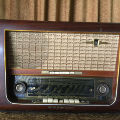 Radio pe lampi stricat - Aparat radio