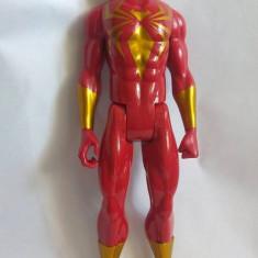 Action Figure Spiderman Rosu Iron Spider Hasbro Marvel 2014, 29cm