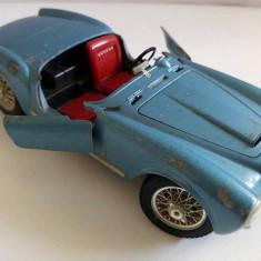 Masinuta fier BURAGO 1/18 - LANCIA AURELIA B24 SPIDER 1955