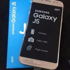 Samsung J5 (2017) Gold / Dual Sim - Cutie - Telefon Samsung, Auriu, 16GB, Neblocat