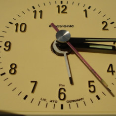 Ceas de masa - DIEHL - mini-clock tiplight - Junghans