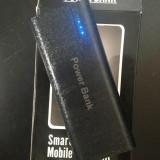Baterie Power Bank de 20000 mah cu lanterna - Baterie externa