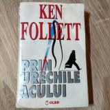 Ken Follett - Prin urechile acului [1994]