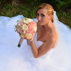 Vand rochie mireasa, Rochii de mireasa printesa