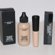 Set machiaj MAC - Corector Mineralize + Fond de ten Mac Cosmetics pentru fata si corp, Lichid