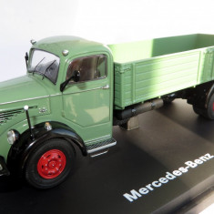 SCHUCO Mercedes L6600 transportor bena 1955 1:43