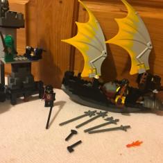 Set Lego Barca si Turnul Cavalerilor - LEGO Castle