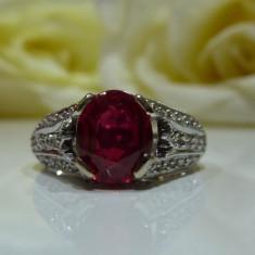 Inel aur 18k cu rubin si diamante 2.18ct, Culoare: Alb