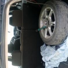 Dezmembrez ford mondeo - Dezmembrari Ford